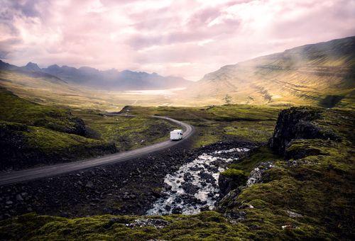 On the camper: Islanda cover