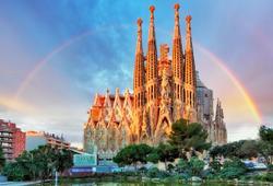 arcobaleno sagrada familia barcellona spagna