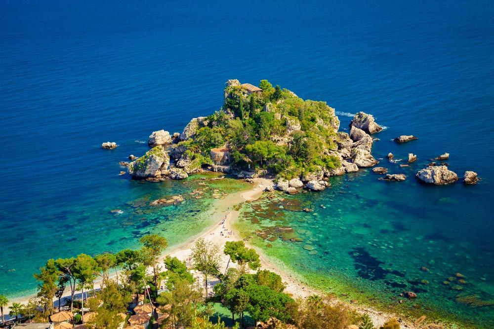 isola bella a taormina sicilia