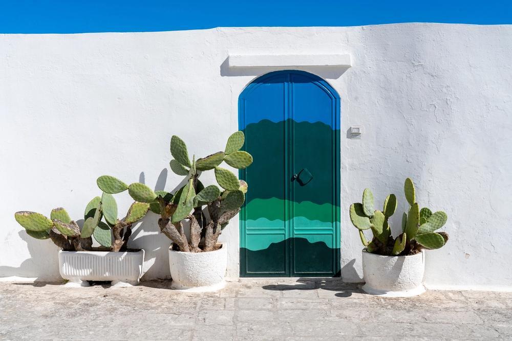 porta azzurra di ostuni puglia