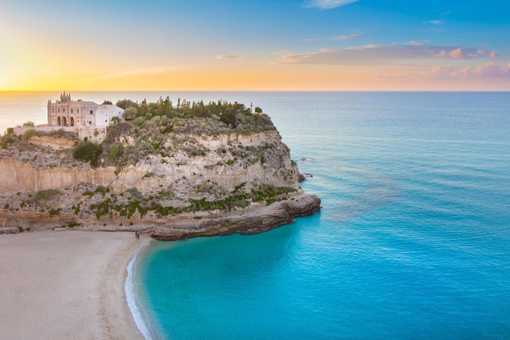 spiaggia del monastero di tropea