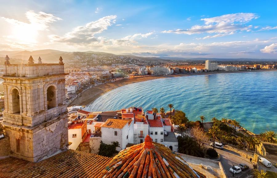 citta spagnola sul mare
