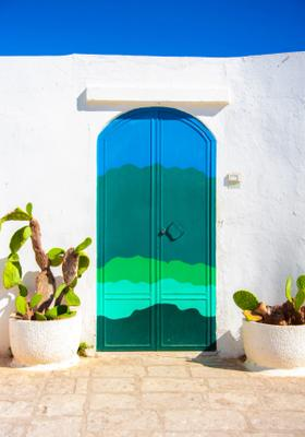 porta azzurra ostuni