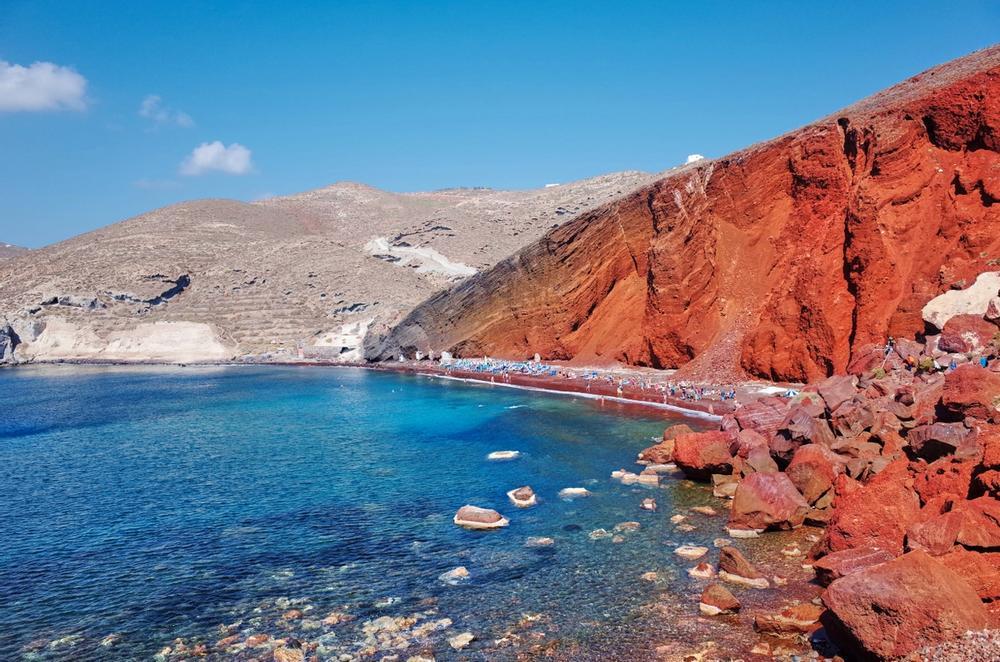 spiaggia rossa a santorini