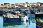 barche nel porto di la valletta malta