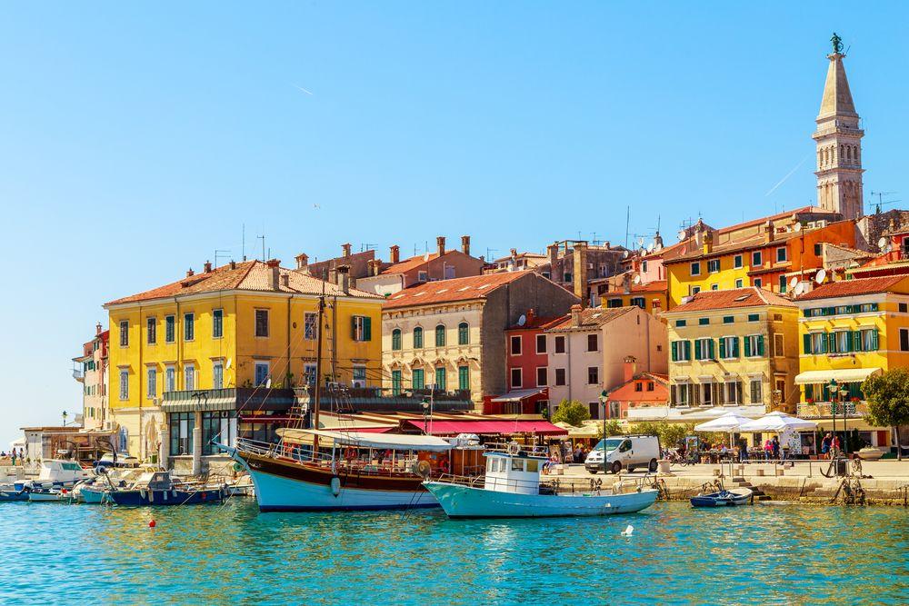 porto di rovigno in croazia