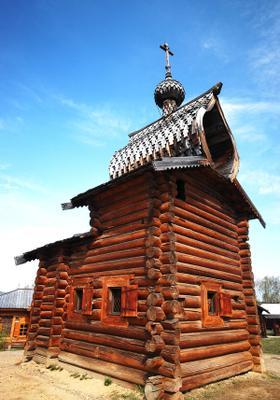 casa in legno della siberia a irkutsk