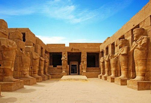Sulle tracce dei Faraoni cover