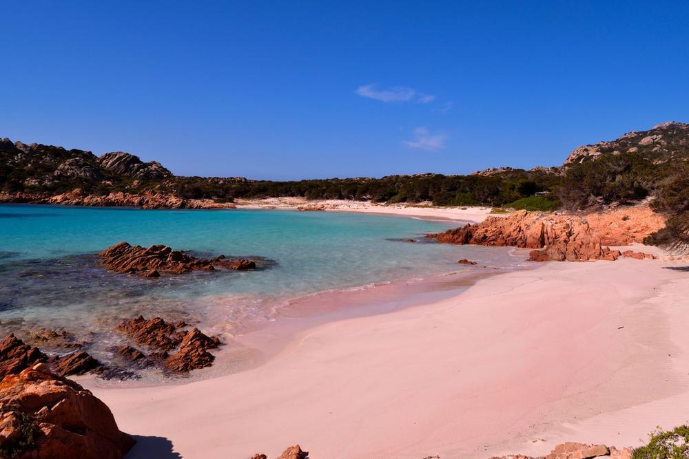 spiaggia rosa di budelli