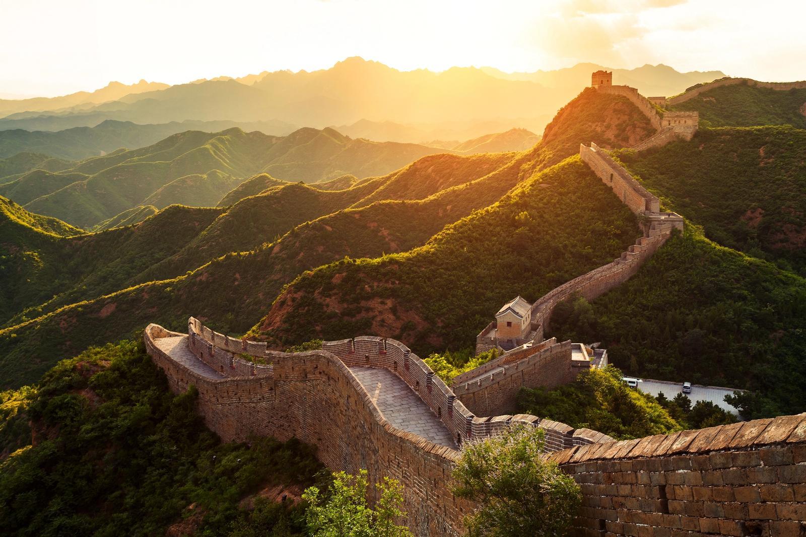 tramonto sulla muraglia cinese