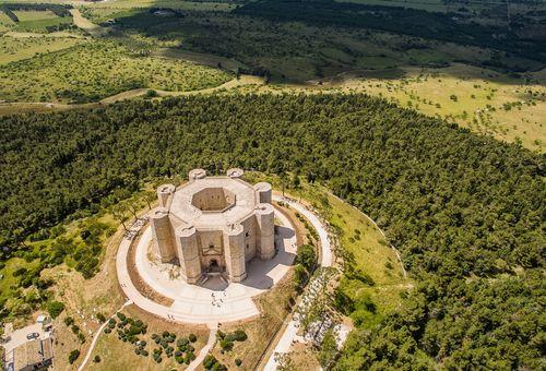 Puglia: Trekking nelle Murge cover