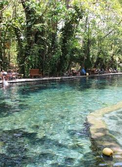 piscina naturale ojo de agua