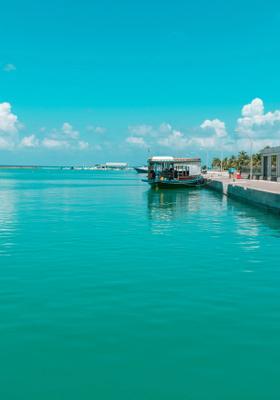 porto di funadhoo alle maldive