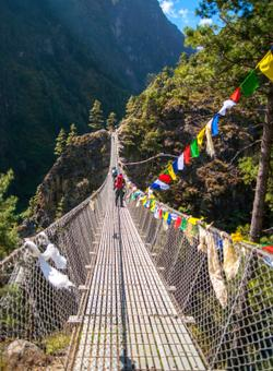 trekking himalaya in nepal