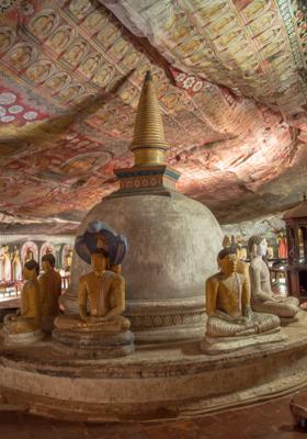 tempio nella grotta dambulla sri lanka