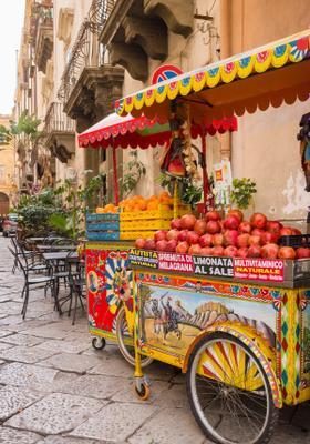 bancarella di cibo siciliano a palermo