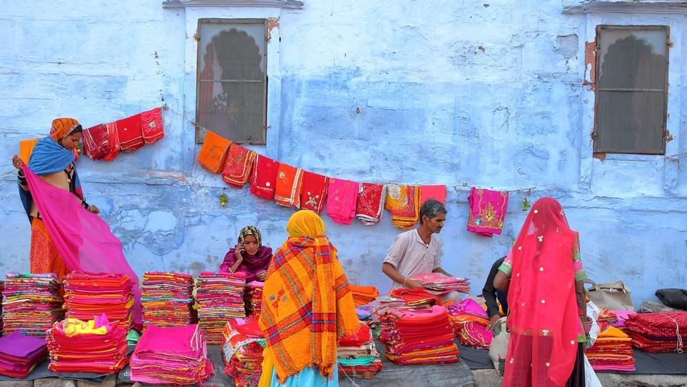 mercato di sardar a jodhpur in india