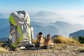 zaino e scarpe da trekking in trentino