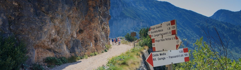 percorso lungo il sentiero italia cai con tramundi