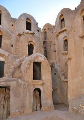 citta fortificata nel deserto di tataouine