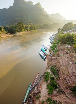 fiume mekong laos