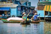villaggio sull acqua in cambogia