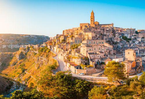 Tour della Puglia: Matera e i trulli pugliesi cover