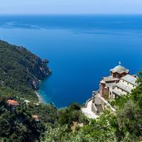 monastero sul monte athos in grecia