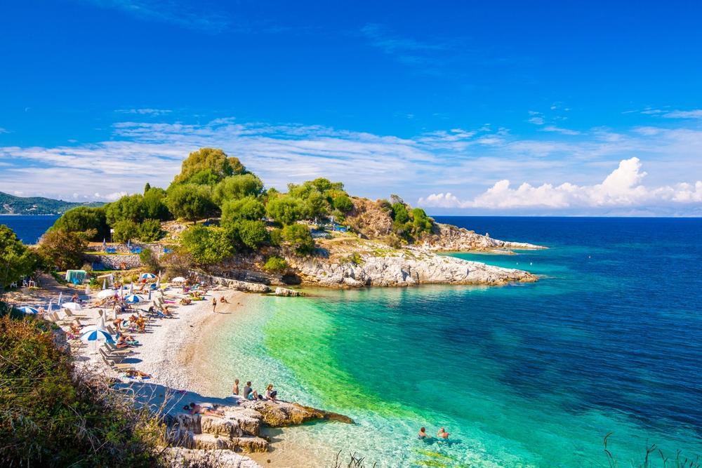 spiaggia corfu grecia