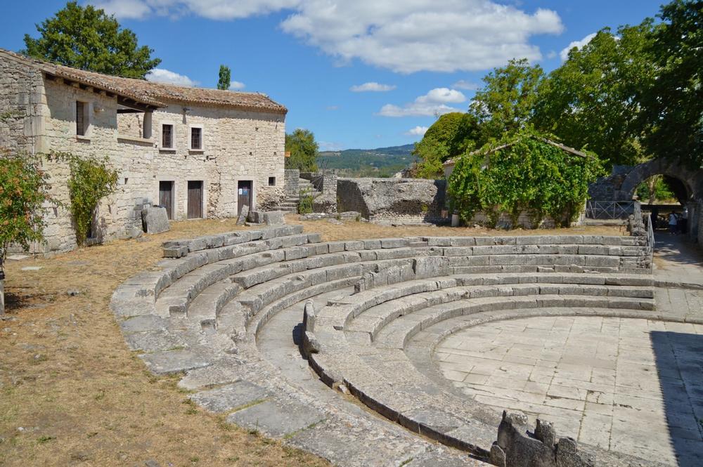 antico anfiteatro di sepino