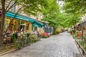 stradina di café a parigi
