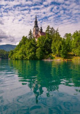 castello del lago di bled