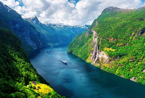 Tra i fiordi della Norvegia cover