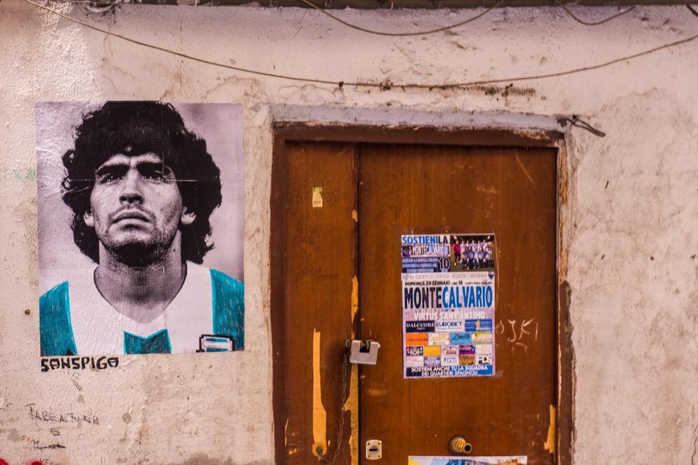 street art maradona napoli