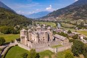 vista aerea del castello di fenis