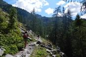 percorsi trekking a la joux valle d aosta
