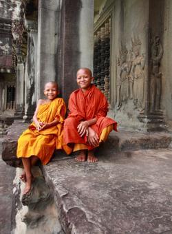 bambini monaci a siem reap