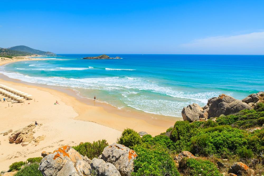 spiaggia su giudeu sardegna