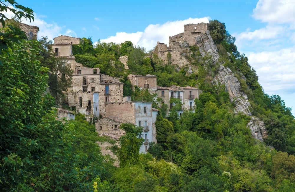 antico borgo di montebello sul sangro in abruzzo