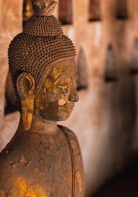 statua buddha oro vientiane