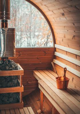 sauna in mezzo alla neve