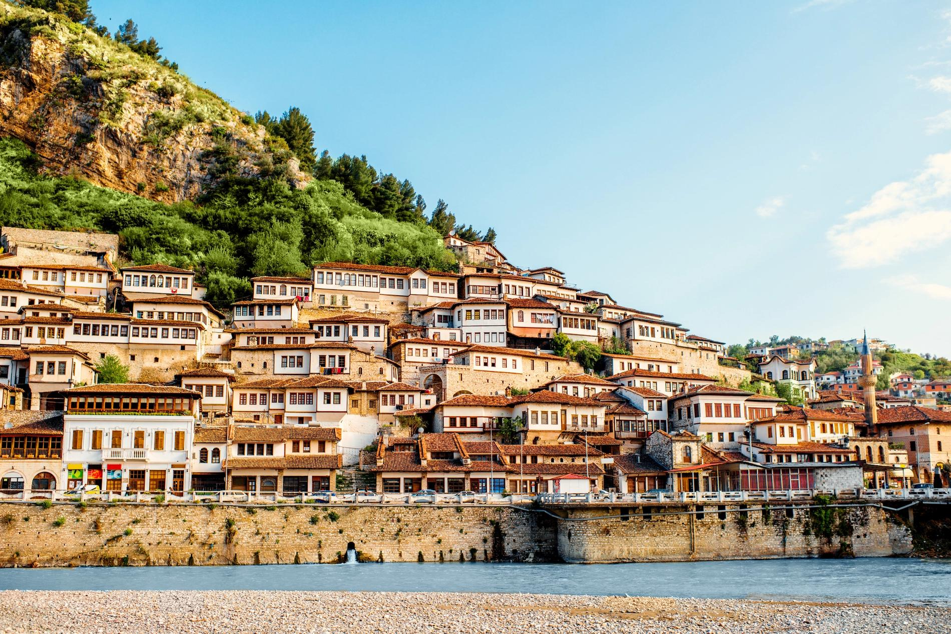 Paese in Albania