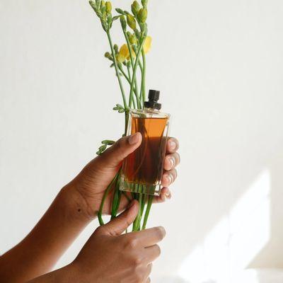 deodorant vs body spray, perfume