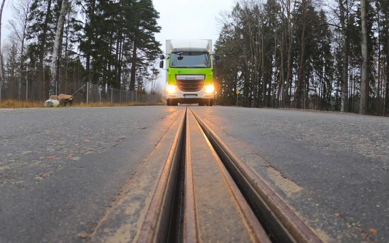 Race to build the first Swedish electric road
