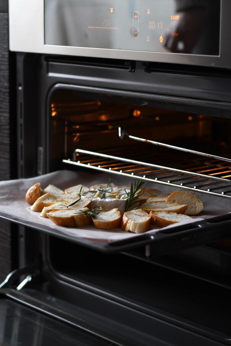 Hvordan renser man en ovn?