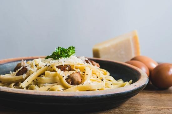 Traditionel spaghetti carbonara