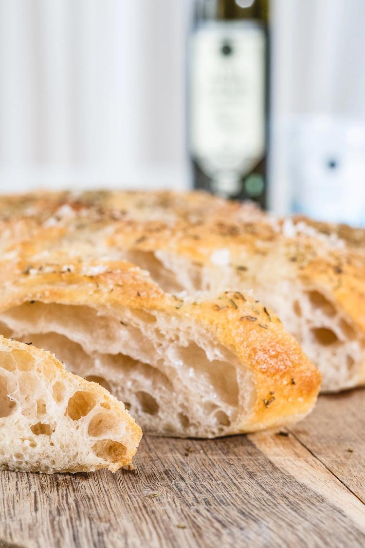 Luftigt foccacia brød