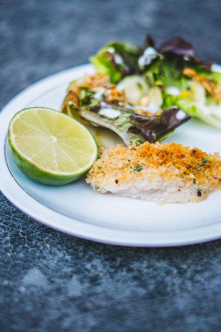 Hvid fisk med rasp