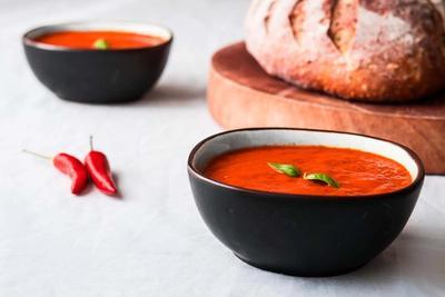 Kold og cremet peberfrugtsuppe