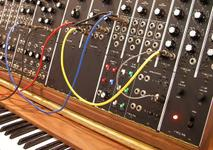 Keyboard synthesizer with patch cables